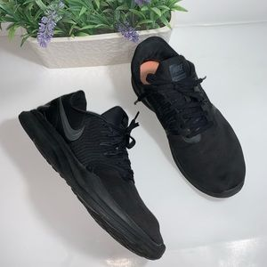 Nike Women's In-Season TR 8 Training Shoes